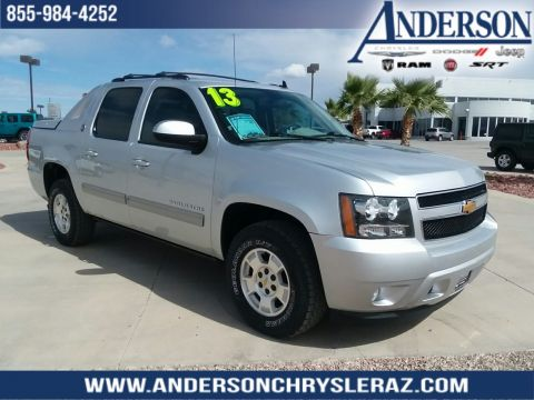 Pre-Owned 2013 Chevrolet Avalanche 1500 LS